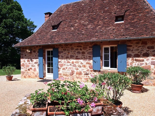Charming country house, 4 people - Teillots - Huis