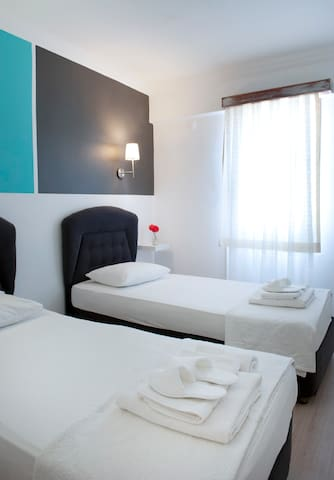 Pudra boutique hotel 2 single beds1 - Bodrum - Bed & Breakfast