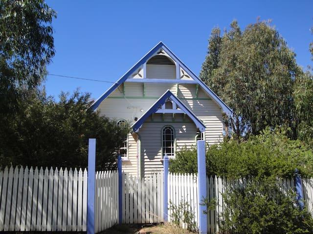 Church House Omeo - Omeo - Huis