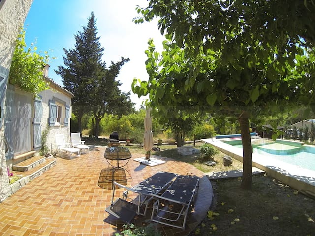 Bed and Breakfast , French riviera - Tourrettes - Bed & Breakfast