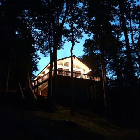 Firefly Cottage - Moneta - Casa de campo