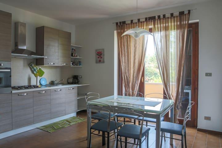 Modern Flat near Lake Garda - Bardolino - Leilighet