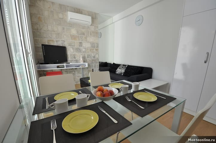 1-BEDROOM APARTMENT IN OLIVE GROVE - Pržno - Departamento