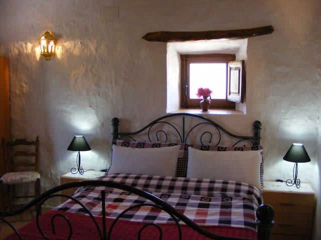 Apartment in A Spanish Farmhouse - Cullar (granada) - Leilighet