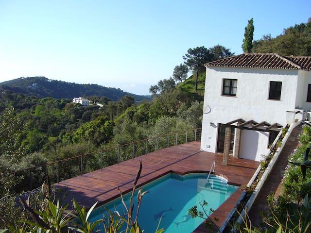 Villa Altamira - Casares