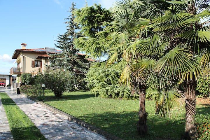 Casa Verde, relax e ospitalità - Fiumicello - Hus