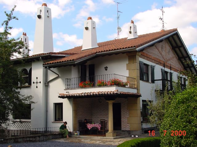 Bilbao-Guggenheim Villa fantástica - Arene - Casa
