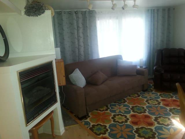 ONE BEDROOM APT, NEAR FAIR - Puyallup - Apartmen