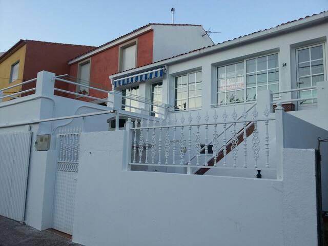 Casa familiar en paraiso natural - Illa de Arousa - Дом