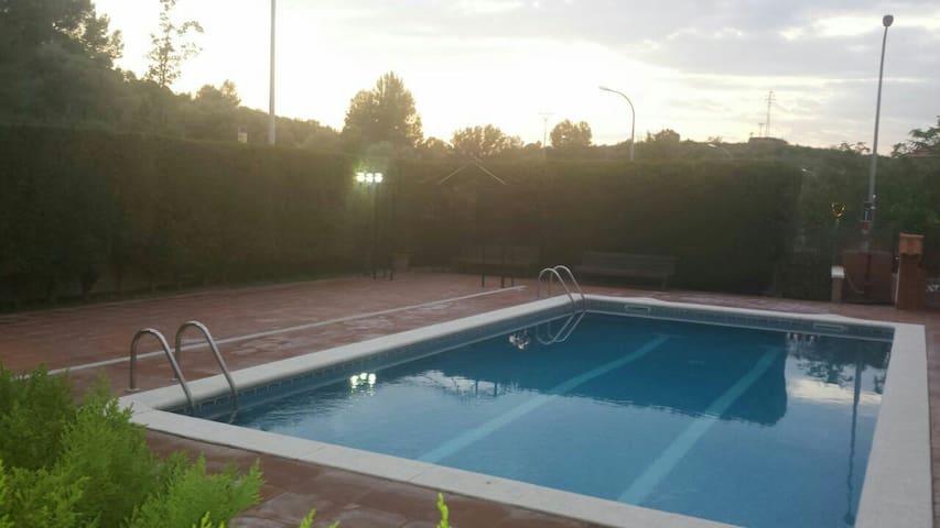 FLATholyday perfecto with pool BCN - Castellbisbal