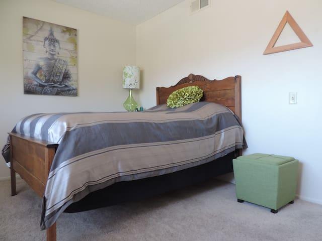 Zen-ish & Cozy Room in Camarillo - Camarillo - Ev
