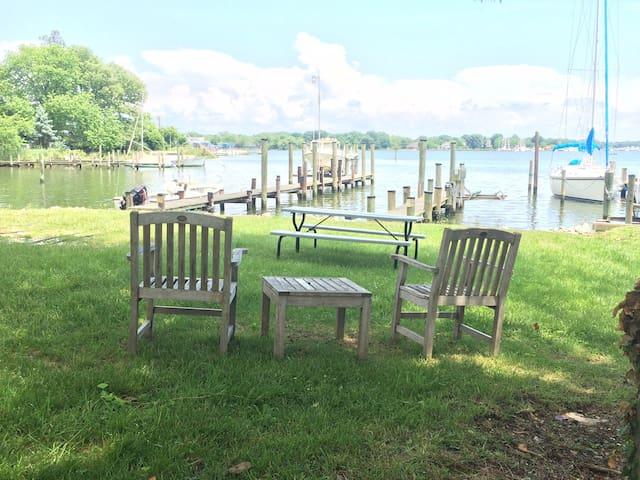 Annapolis-Galesville Waterfront Getaway - Galesville - Huis