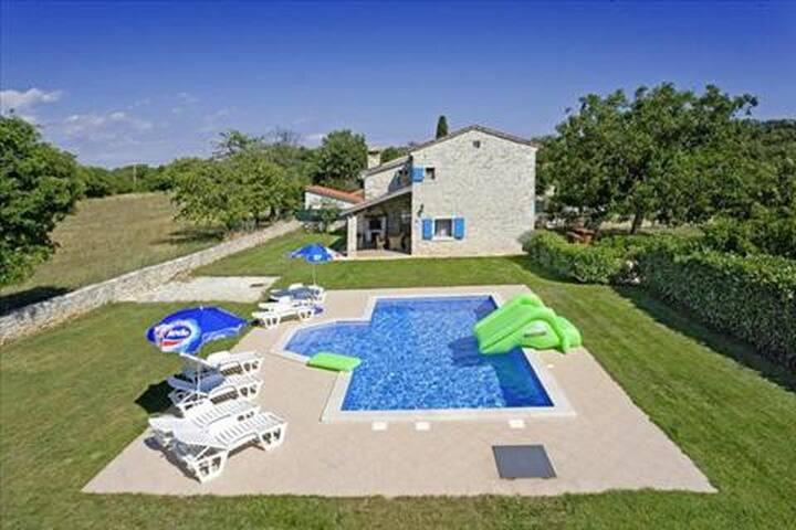 Agricola - Vodnjan - Villa