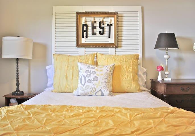 2/1 private guest house in Llano - Llano - Hus