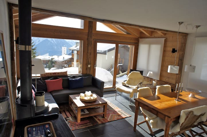 Amazing view in a central location - Bagnes - Appartement