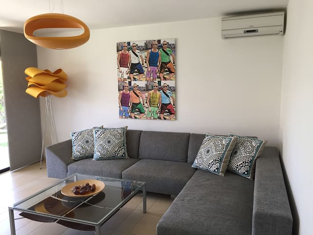Modern 1 bed bungalow in quiet area - 聖巴托洛梅-德蒂拉哈納