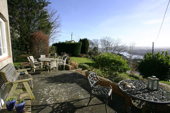 Rooms with view of Fishguard Bay and Preseli Hills - Stop and Call
