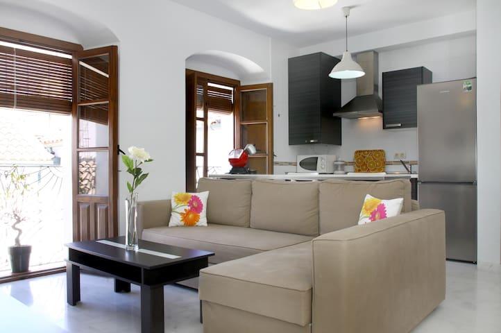 PENTHOUSE IN HISTORIC CENTER - Córdoba - Lägenhet