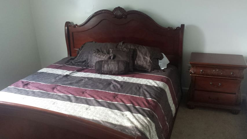 Cozy Home Convenient to Lexington - Nicholasville - House