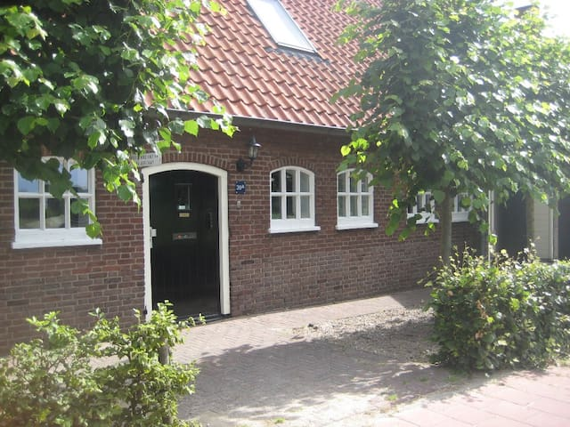 B&B Gewoon Liesbeth - kamer 2 - Sint-Michielsgestel - Bed & Breakfast