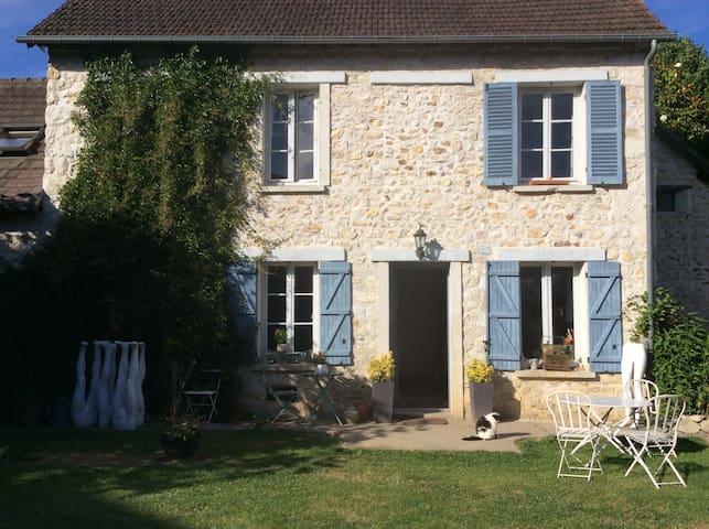 Jolie maison d artiste en normandie - Saint-Pierre-d'Autils