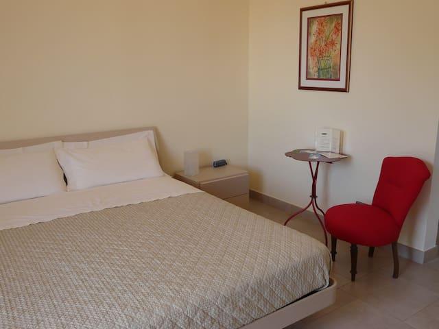 Comfortable room - heart of irpinia - Avellino - Rumah