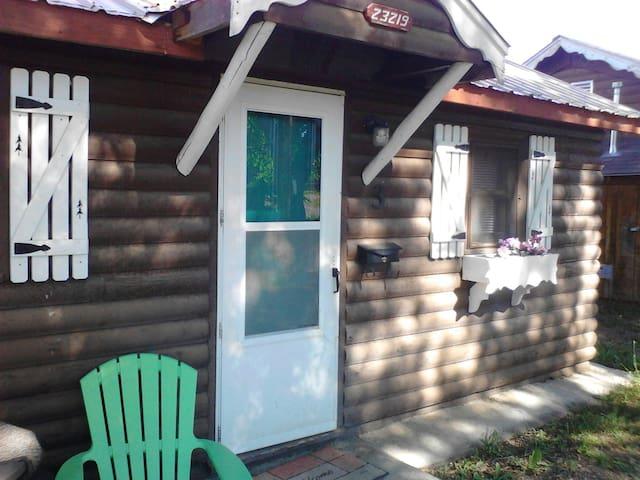 The Trout Cabin...spacious setup! - Cedaredge - Blockhütte