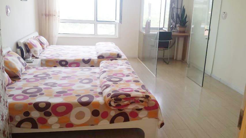 金石滩轻轨站旁 临发现王国 日租公寓 - Dalian - Appartement