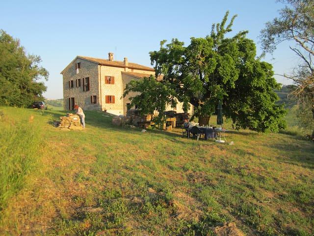 B&B in Italian Countryside Paradise - Peglio