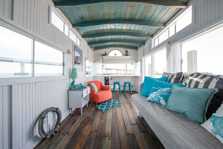 A Pirate's Life For Me - Houseboat! - Charleston