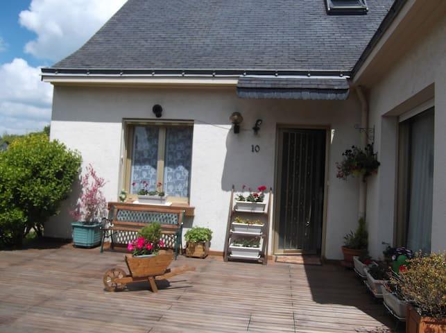 Maison agréable avec jardin - Orvault - Hus