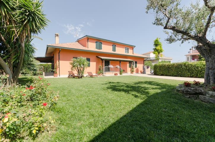 Borgo Dragani 5 ospiti - villa mare - Ortona - 別荘