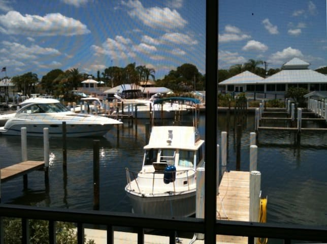 Waterfront Condo on Intracoastal - Cape Haze - Apartamento
