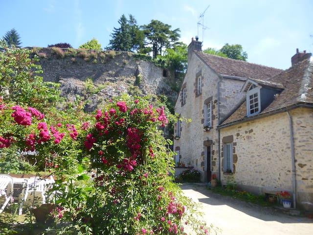 Chambre d'hôtes - Fresnay-sur-Sarthe