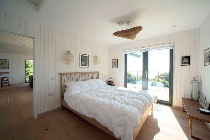 Beach House with Panoramic Views - Freshwater East - Casa