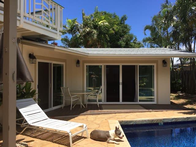 Poolside Brand New One Bedroom - Kailua - Casa
