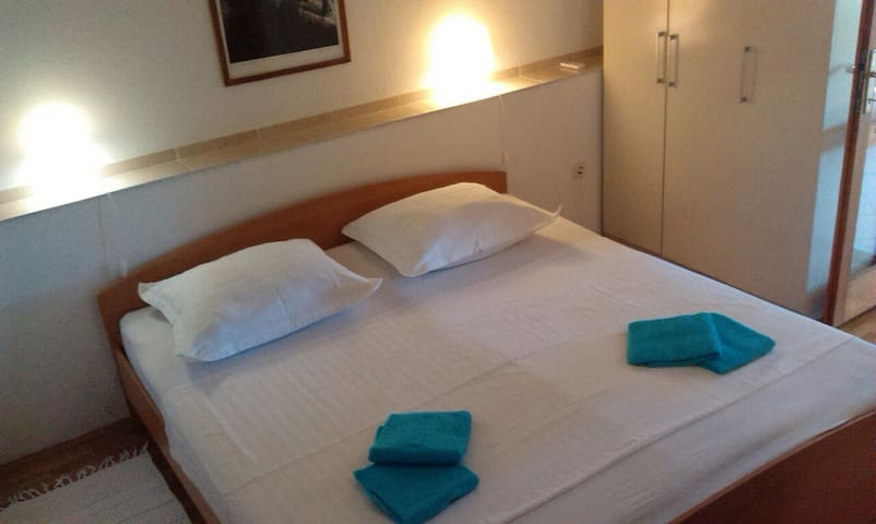 Soba Vera - Makarska - Casa