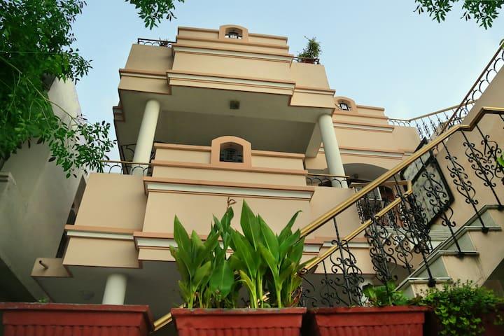 Raaga Homestay.((URL HIDDEN) - Udaipur - Bed & Breakfast
