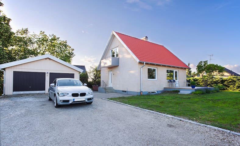 Brand new renovated house - Furulund