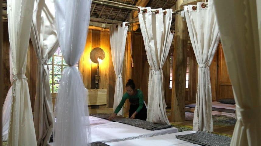 Dormitory on Thai wooden stilthouse - Mai Chau - Lägenhet