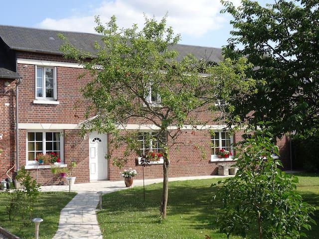 chambre confortable  dans maison normande - Le Thuit-Signol - Huis