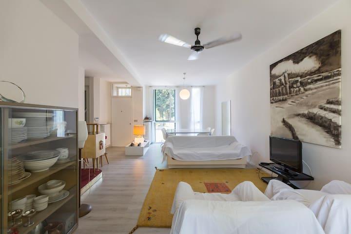 Due stanze in bellissima villetta.Cesate.Milano - Cesate