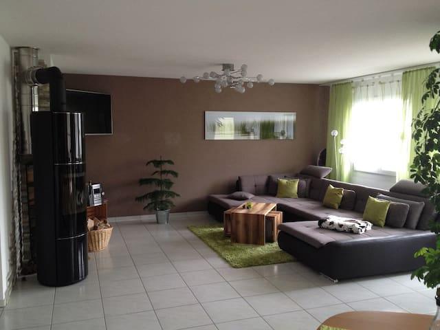 Gästez. in sauberer Luxuswohnung bei Schaffhausen - Merishausen - Wohnung
