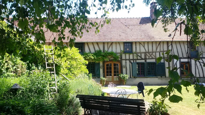 Beautiful old country house - Ons-en-Bray - Hus