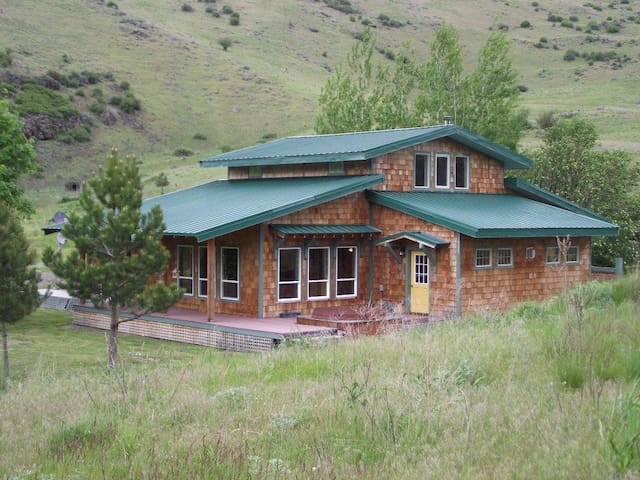Romantic House in Eastern Oregon - Union - Huis