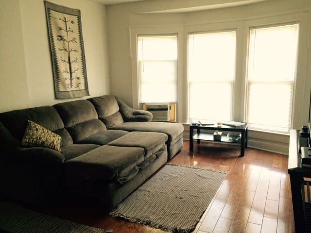 Comfy duplex a mile from downtown - Indianapolis - Dom