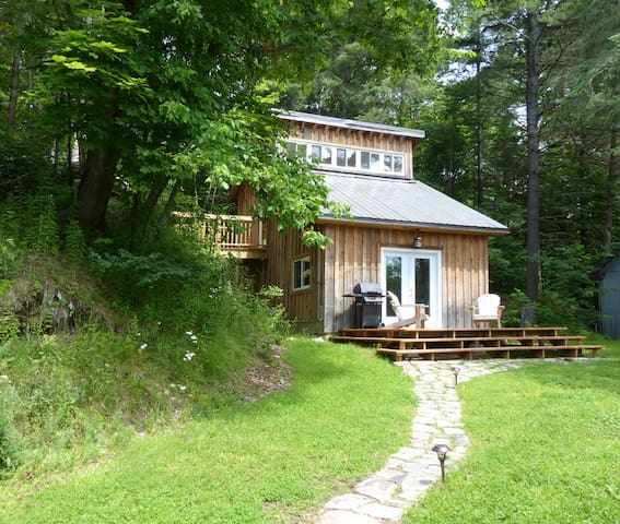 Whispering River Studio Retreat - Parry Sound - Casa de campo