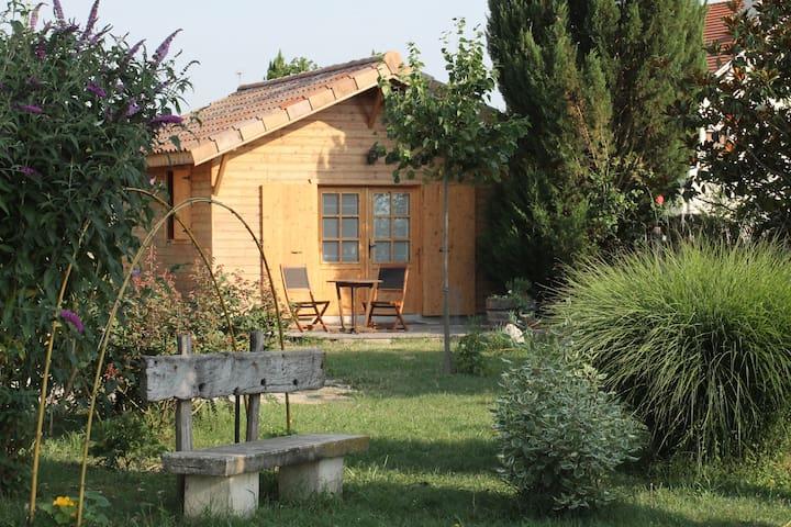 """petit chalet en bois """"la grenette"""" dans la Drôme - Saint-Paul-lès-Romans - 旅舍"""