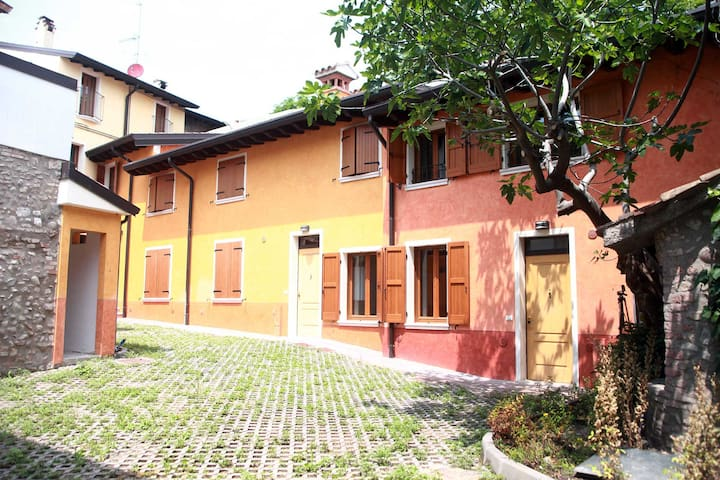 Solferino Apartment #1 Corte Rosa: for four people - Cavriana - Appartement