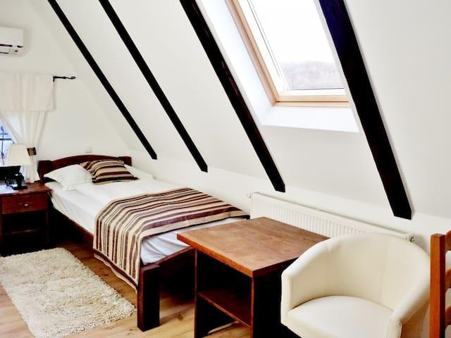 Romantic attic in the Plitvica lake - Ra 202 - Plitvica Selo - Casa